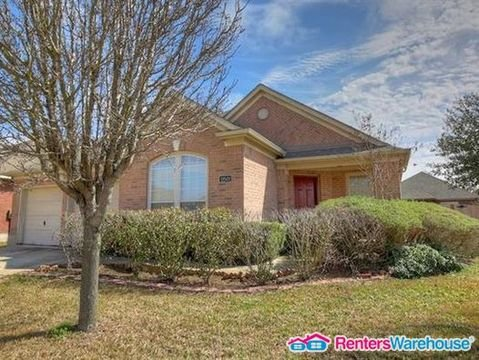 property_image - House for rent in Manor, TX